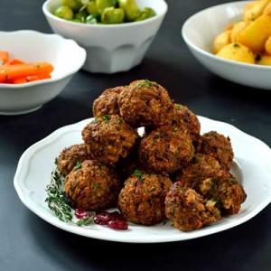 Delicious vegetarian christmas recipes v8 juice uk for Vegetarian christmas stuffing