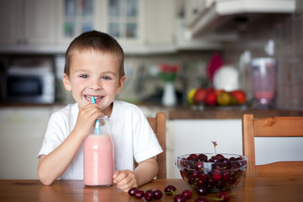 Lunchtime smoothie for kids hack