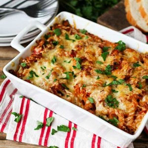Turkey-bacon-and-tomato-pasta-bake-wide_400x400